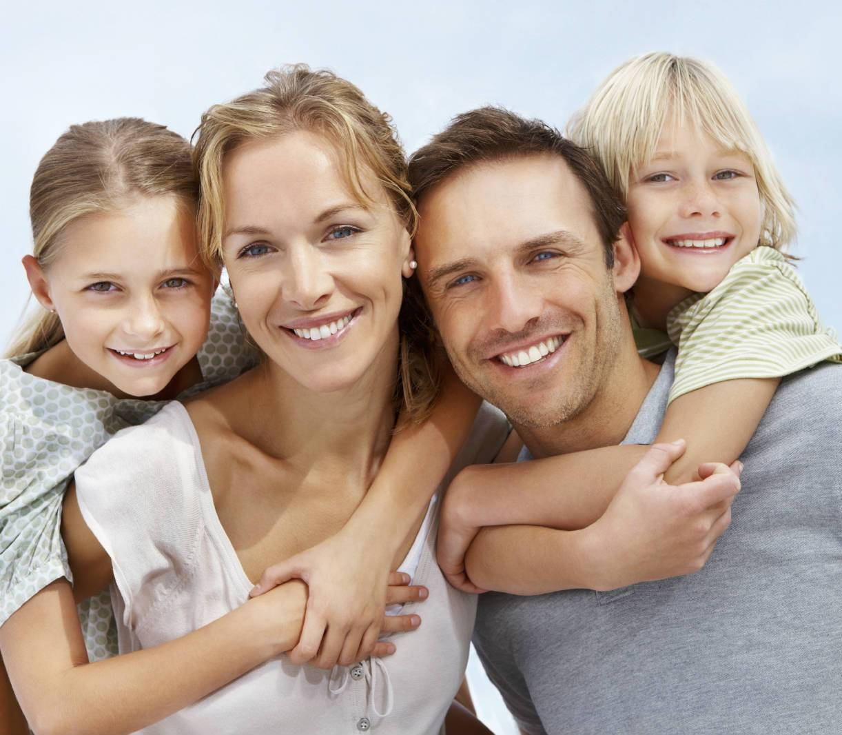 parents-are-happy-with-their-kids1